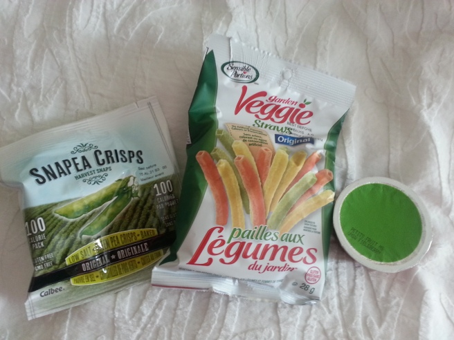 Kim Got Fat Veggie Straws, Apple Sauce, Snapea Crisps