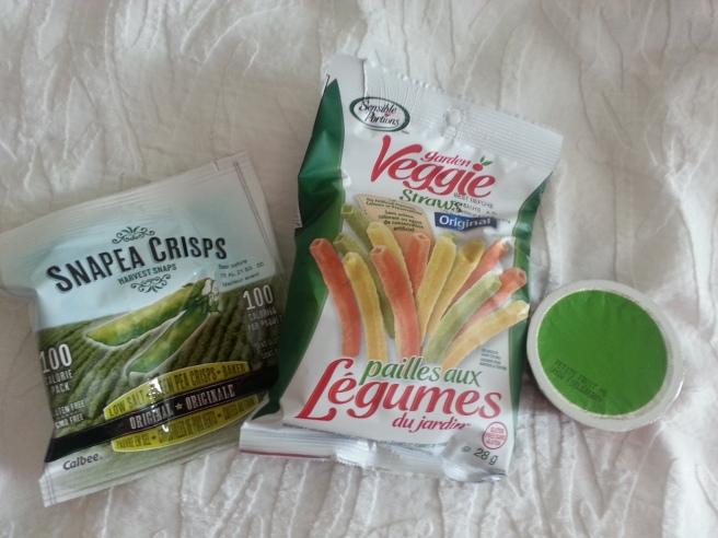 Kim Got Fat Veggie Straws, Apple Sauce, Snapea Crisps